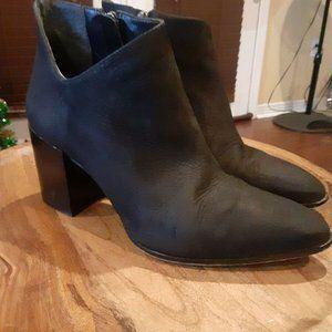 Vince Camuto Kathrina Ankle Boots sz 7M Black